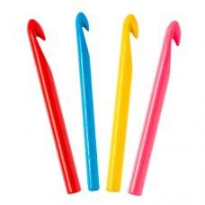 Крючок для вязания пластмассовый №4,5